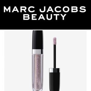 Marc Jacobs dazzling gloss in Silver Turf